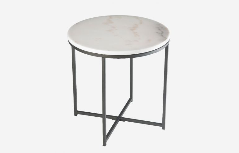 Cycles corner table