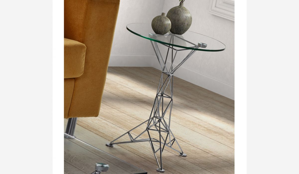 Doggy corner table