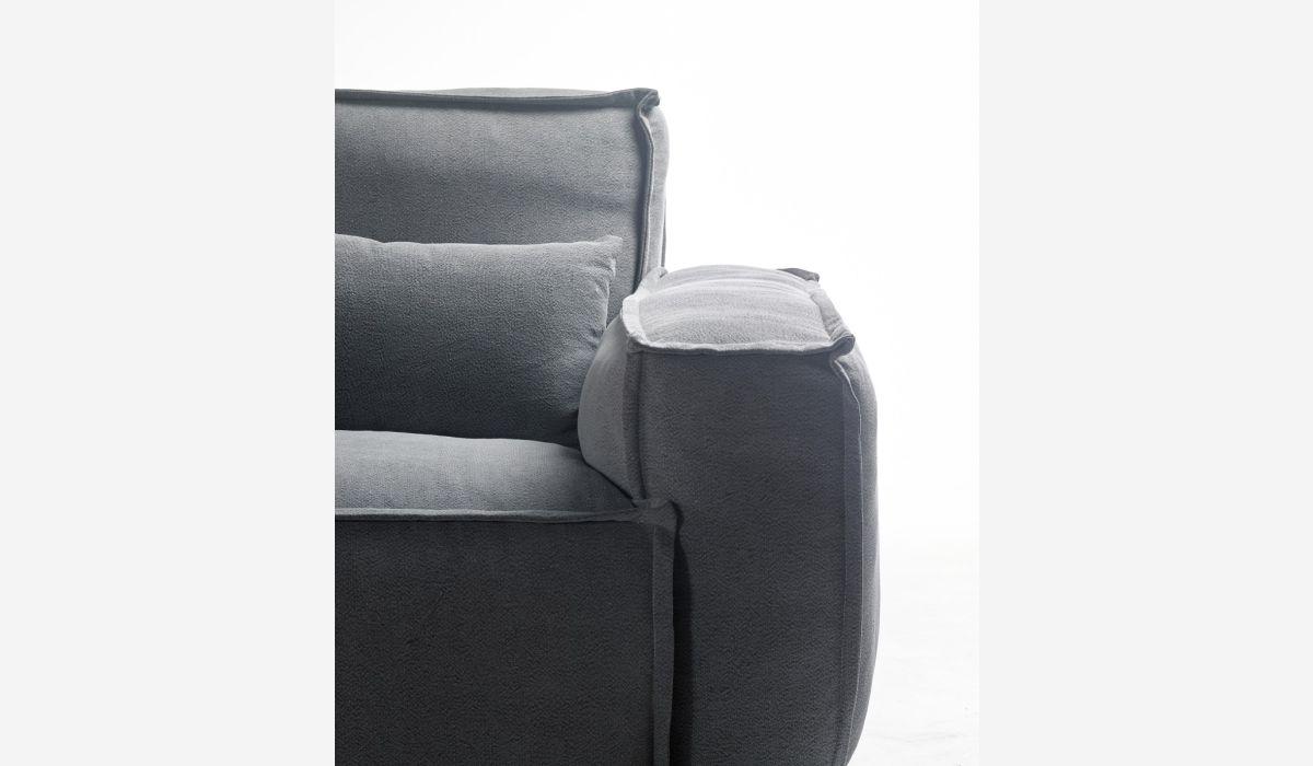 Calm 2 seater sofa